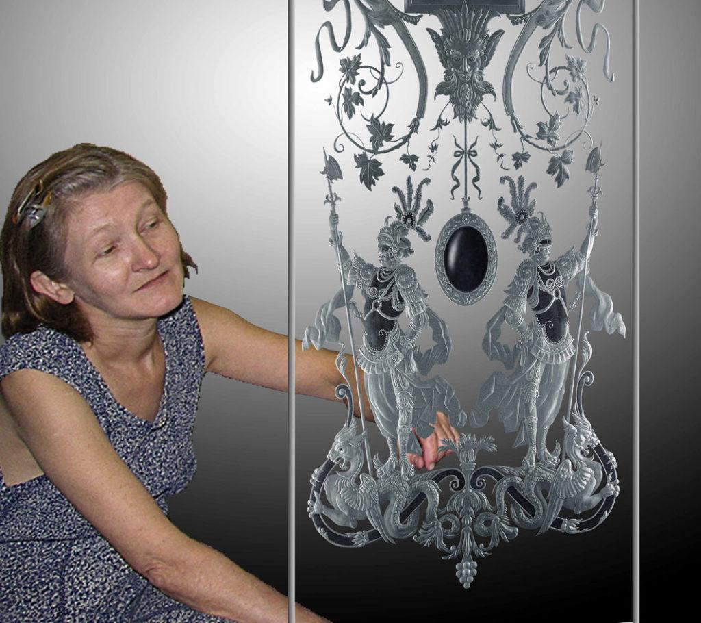 Елена Лаврищева с витражом