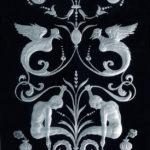 Гравированное стекло - фрагмент витража в двери