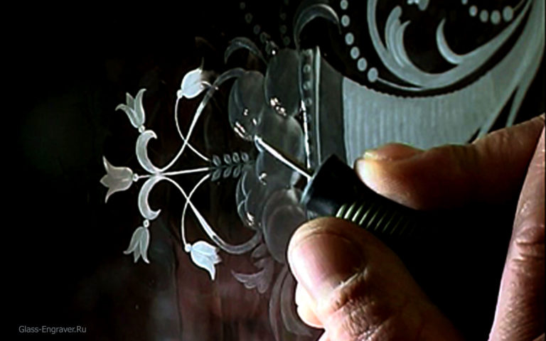 Гравировка на стекле ручная работа