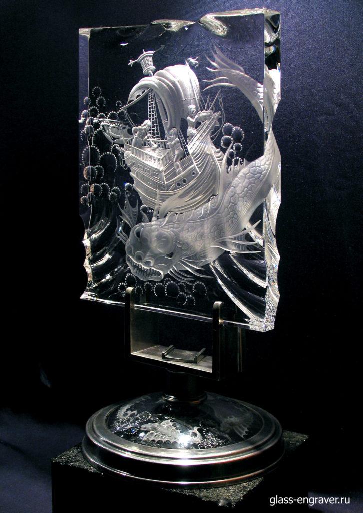 Гравированое стекло - арт-объект Балена