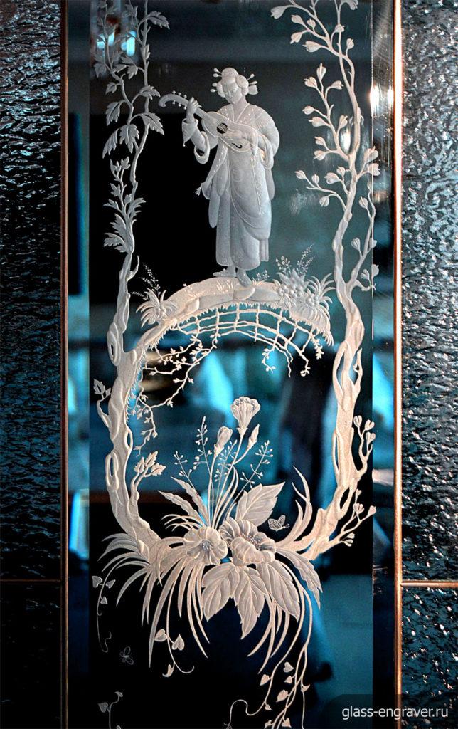 Гравировка на стекле - фрагмент витража
